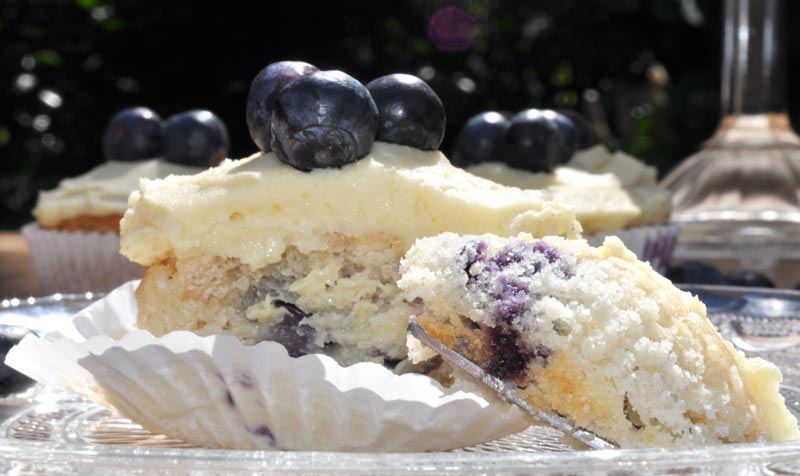 Lemon and Blueberry Cupcakes 0007